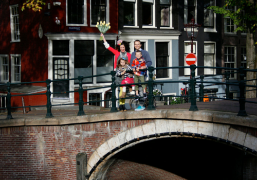 Sara lives in Amsterdam with her husband and two kids.