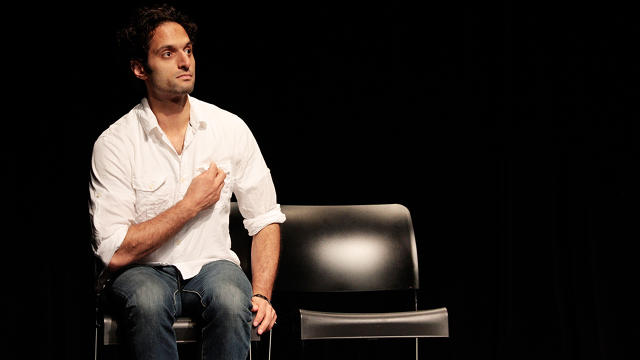 Jason Mantzoukas on stage in 2008. Photo: Flickr user Alex Erde